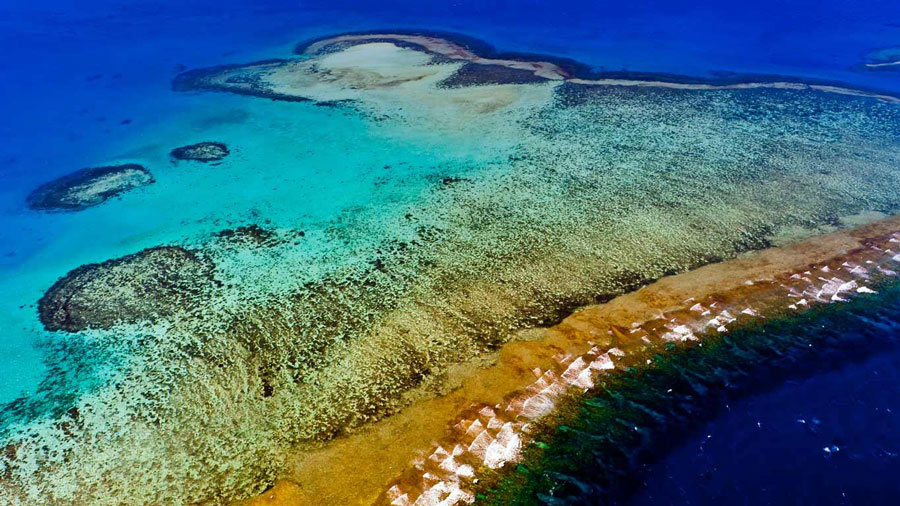 New_Caledonia_Barrier_Reef1